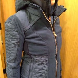 Lululemon fleecy keen jacket in inkwell